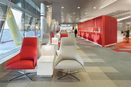 Velazquez Premium Lounge