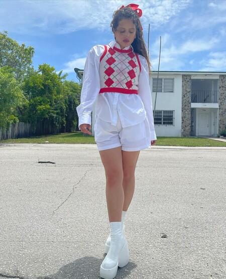 Rosalia Look Rojo Blanco 02