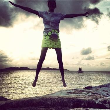 La falda favorita de Taylor Tomasi tiene su replica en Asos