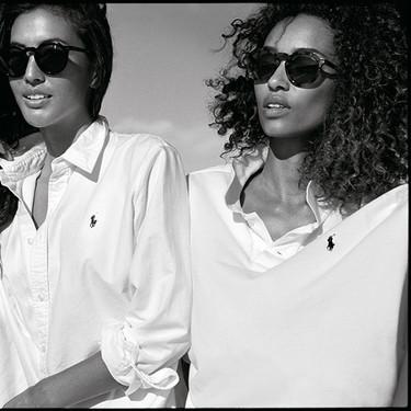 ¿Acaso no es el polo blanco de Ralph Lauren la prenda básica y clásica más elegante? Esta nueva campaña demuestra que sí