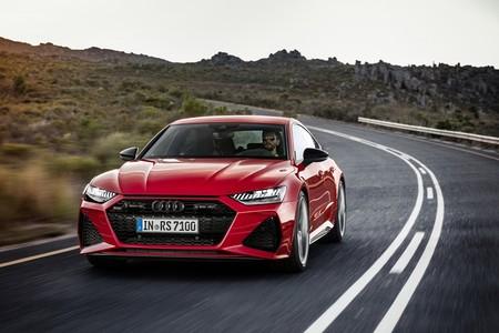 Audi RS 7 Sportback: 600 CV y más músculo para una berlina deportiva que se pasa a la hibridación suave