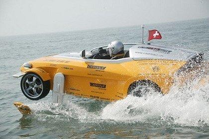 Rinspeed bate el récord en el Canal de la Mancha