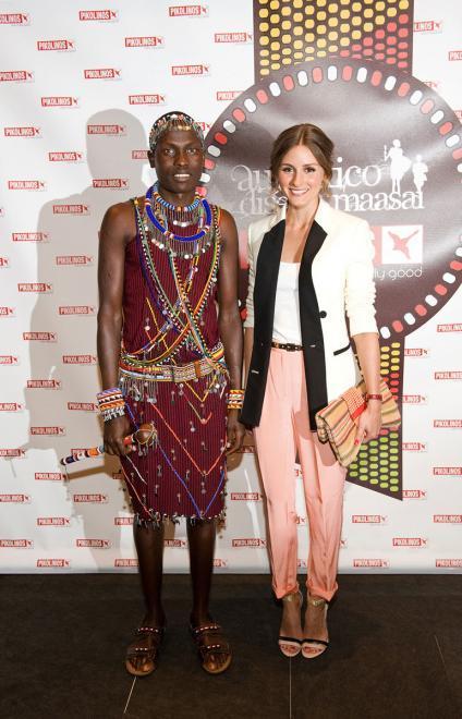 Olivia Palermo, una perdida en la tribu que nunca pierde estilo. ¡¡Glamour maasai <em>babes</em>!!