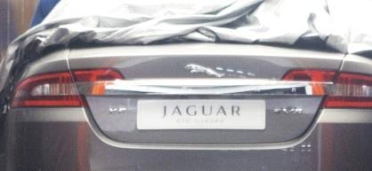 Trasera del Jaguar XF
