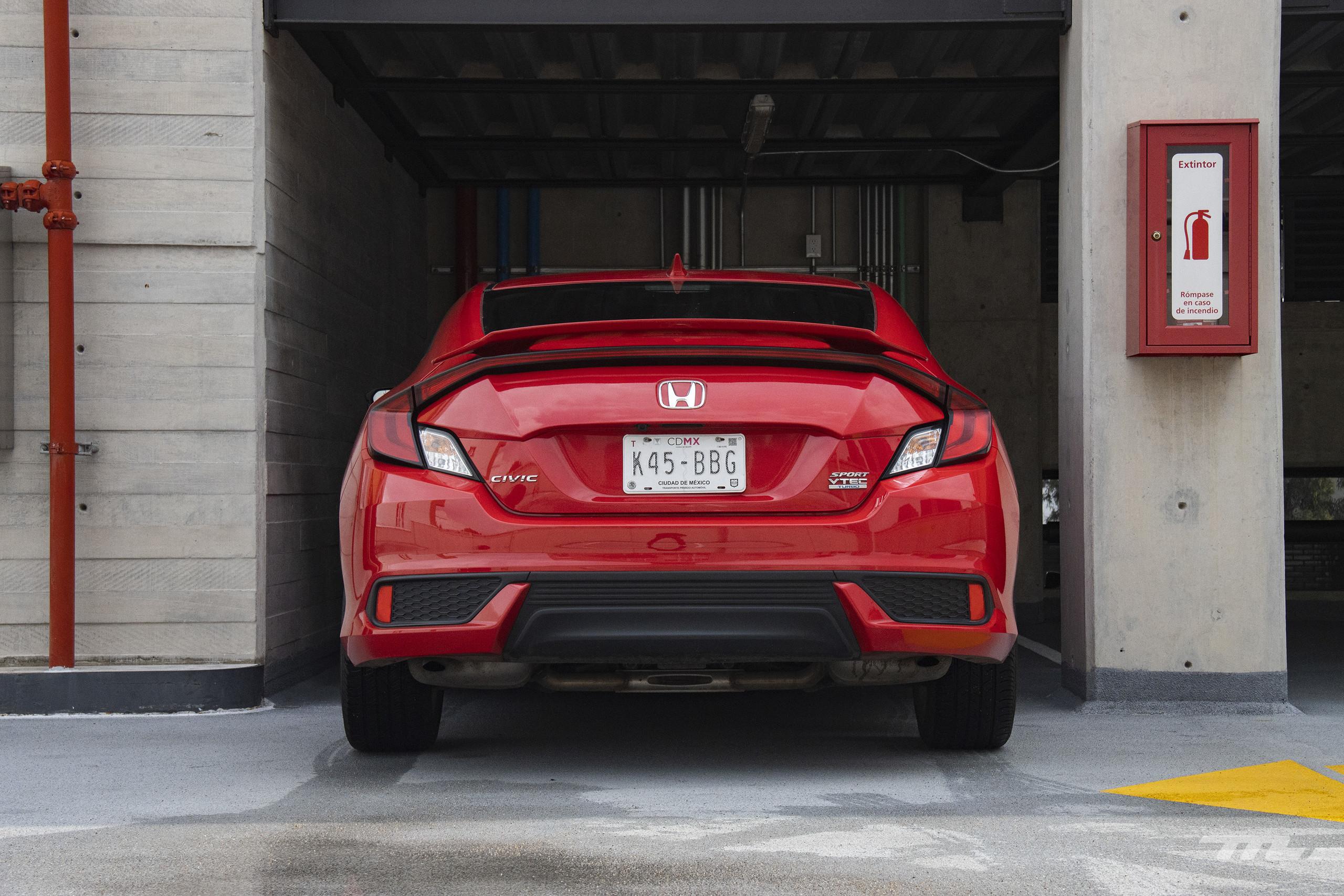 Foto de Honda Civic Coupé 2020 (46/70)