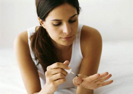 Fortalecedores o endurecedores de uñas, ¿son el mismo producto?