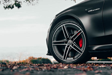 Mercedes Amg C 63 Emotion Start