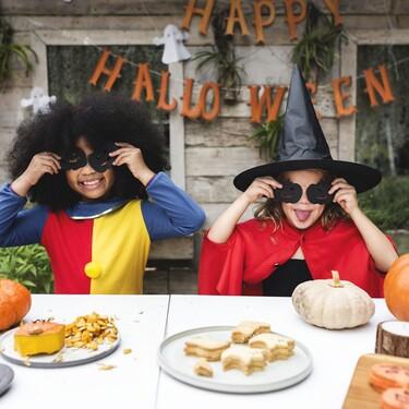 Siete manualidades de Halloween para niños que harán la noche del terror terroríficamente divertida