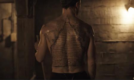 'Dark', la misteriosa serie de Netflix estrena su oscuro tráiler con guiños a 'Seven' y 'Stranger Things'