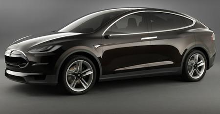La llegada del Tesla Model X se vuelve a retrasar