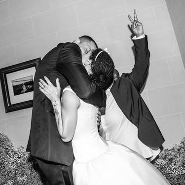 Tras seis meses de su boda, por fin Zoë Kravitz nos muestra su vestido de novia