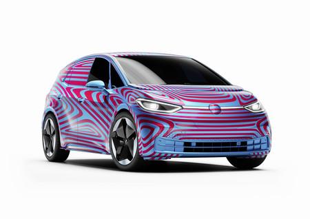 El Volkswagen ID.3 se deja ver en su forma de producción y anuncia sus primeros detalles