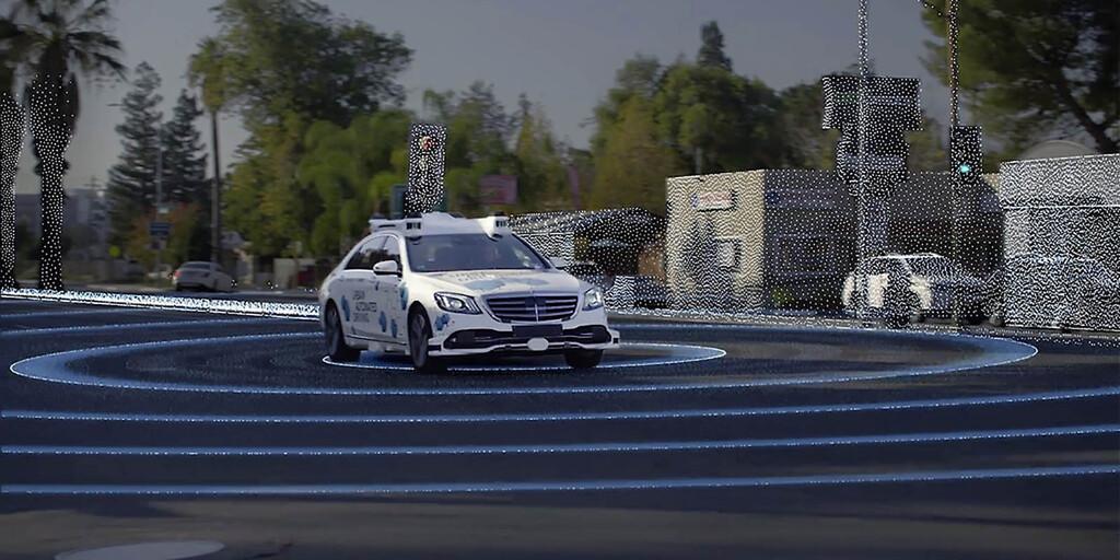 Daimler y Bosch miran al futuro con su flota de robotaxi ya en servicio