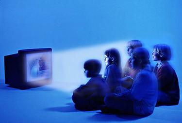 La televisión y el ordenador sustituyen a los juegos
