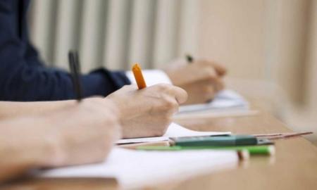 ¿Nada de portátiles en clase? Un nuevo estudio favorece esa opción