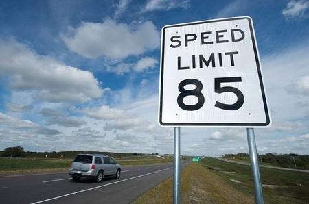 SH-130, la autopista más rápida de Estados Unidos, empieza con mal pie