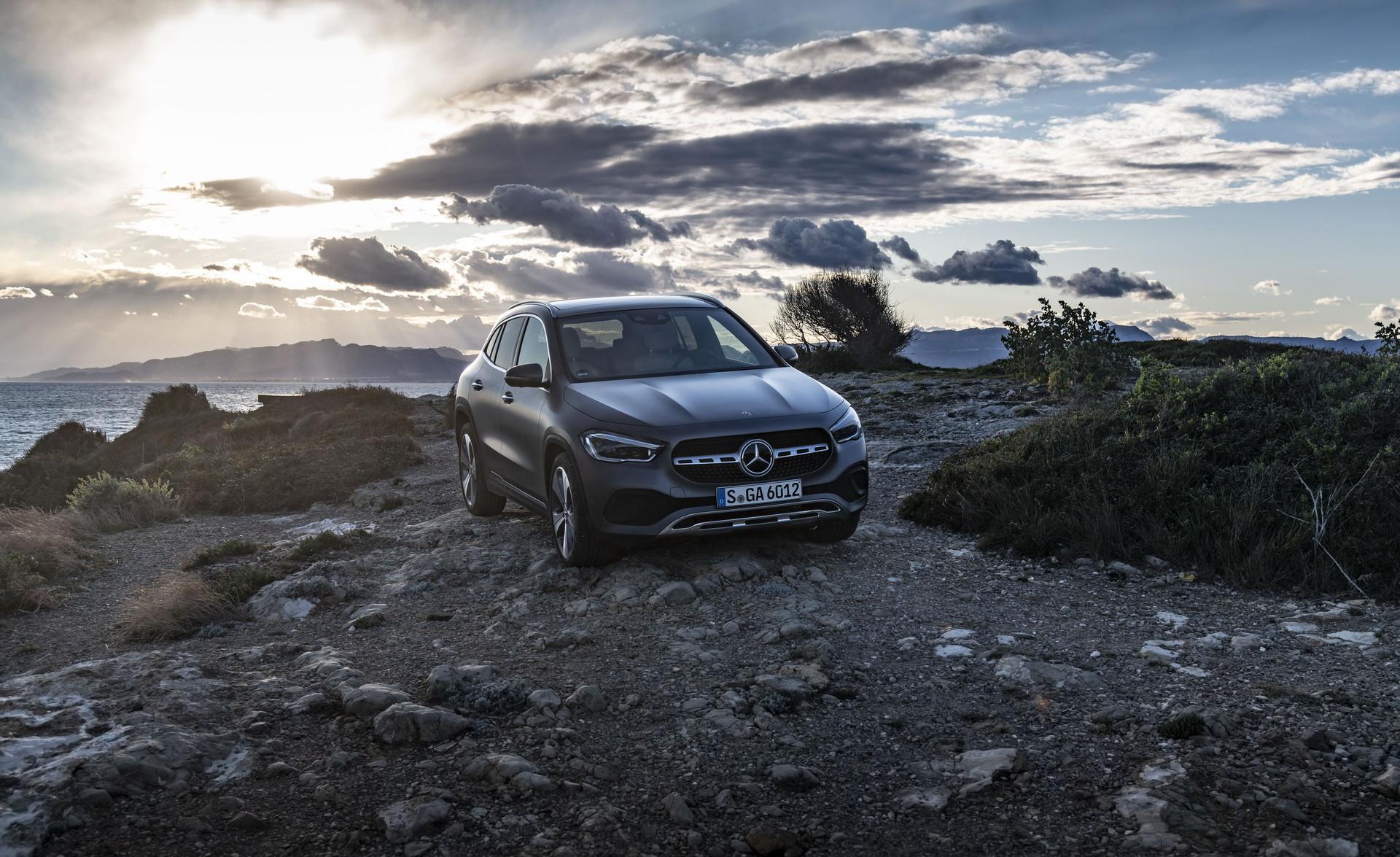 Foto de Mercedes-Benz GLA 2021 (36/103)