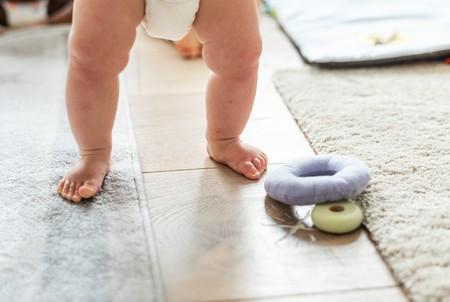 Siete razones por las que nuestro hijo puede tardar en empezar a andar
