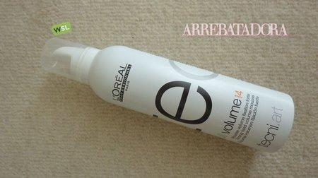 Espuma para el cabello L'Oréal Professionel tecni-art, Full Volume fuerza 4. La probamos