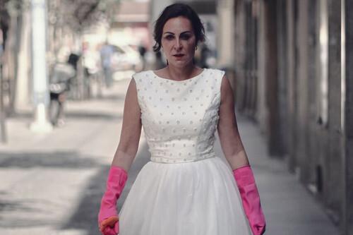 'By Ana Milán': la comedia de Atresplayer basada en las anécdotas de la actriz tiene mejores intenciones que resultados