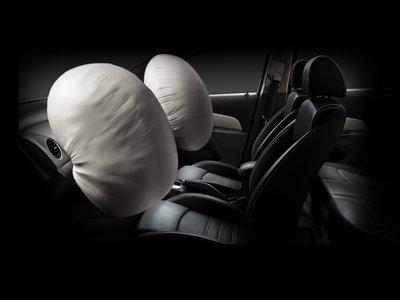 Los airbags caducan, son caros de reemplazar y funcionan sin aire: Esto debes saber sobre ellos