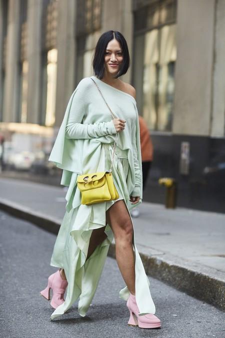 pastel mint green