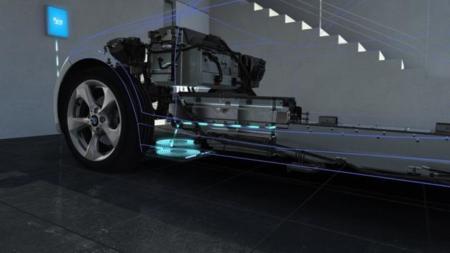 Mercedes y BMW van juntos de la mano para la carga inalámbrica de coches