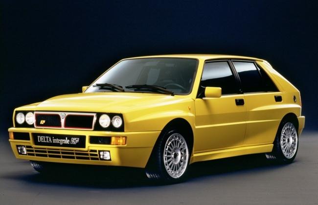 Lancia Delta HF Integrale amarillo