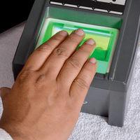 El Gobierno quiere integrar datos biométricos a la CURP y así crear una base datos que también usen los bancos en México
