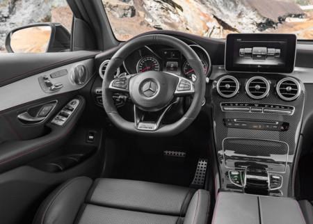 Mercedes Benz Glc43 Amg 4matic 2017 1280x960 Wallpaper 17