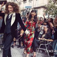 El día en que un bolso de Armani y unas Adidas se colaron en la campaña de Dolce & Gabbana
