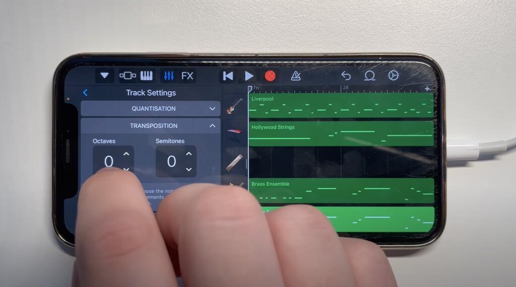 Este youtuber lleva recomponiendo canciones famosas con Garageband para iOS desde los días del iPhone 4S