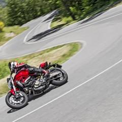 Foto 37 de 115 de la galería ducati-monster-821-en-accion-y-estudio en Motorpasion Moto