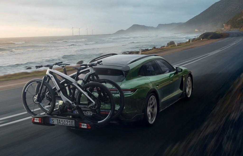 Porsche tiene dos nuevas bicicletas eléctricas: fibra de carbono, motor Shimano y un precio que comienza en los 8.549 dólares