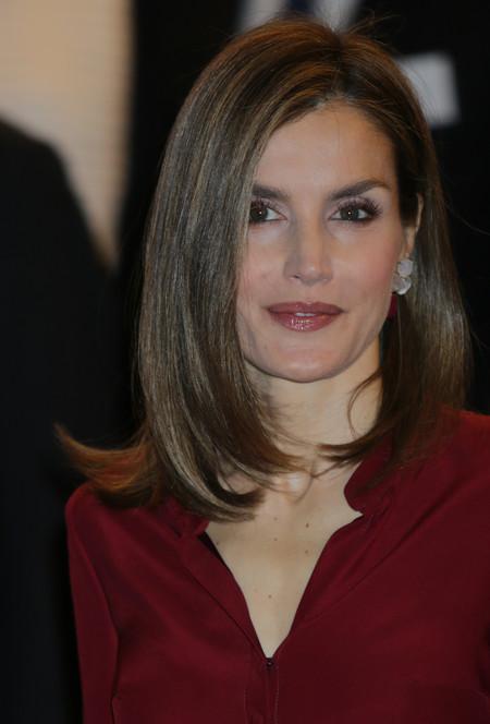 La Reina Letizia rescata de su armario uno de sus looks preferidos