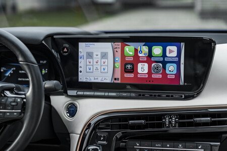 Toyota Mirai 2021 Interior 6