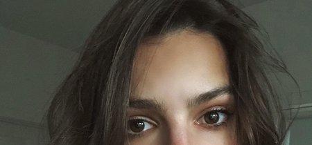 Estos son los selfies (y los abdominales) de Emily Ratajkowski que han incendiado las RRSS