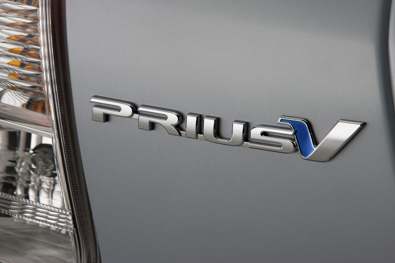 Foto de 2011 Toyota Prius v (45/77)