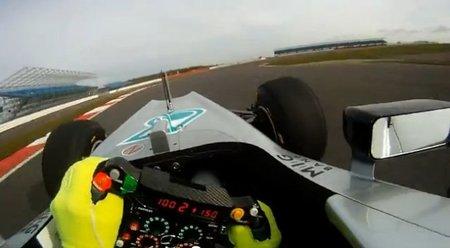 El Mercedes AMG F1 W03 se deja ver un poco más