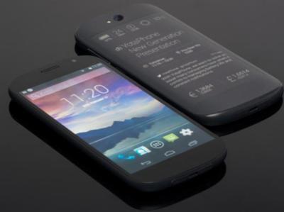 YotaPhone presenta su nueva generación: la pantalla dual con tinta electrónica, ahora táctil