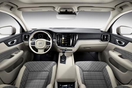 Volvo V60 2019 17