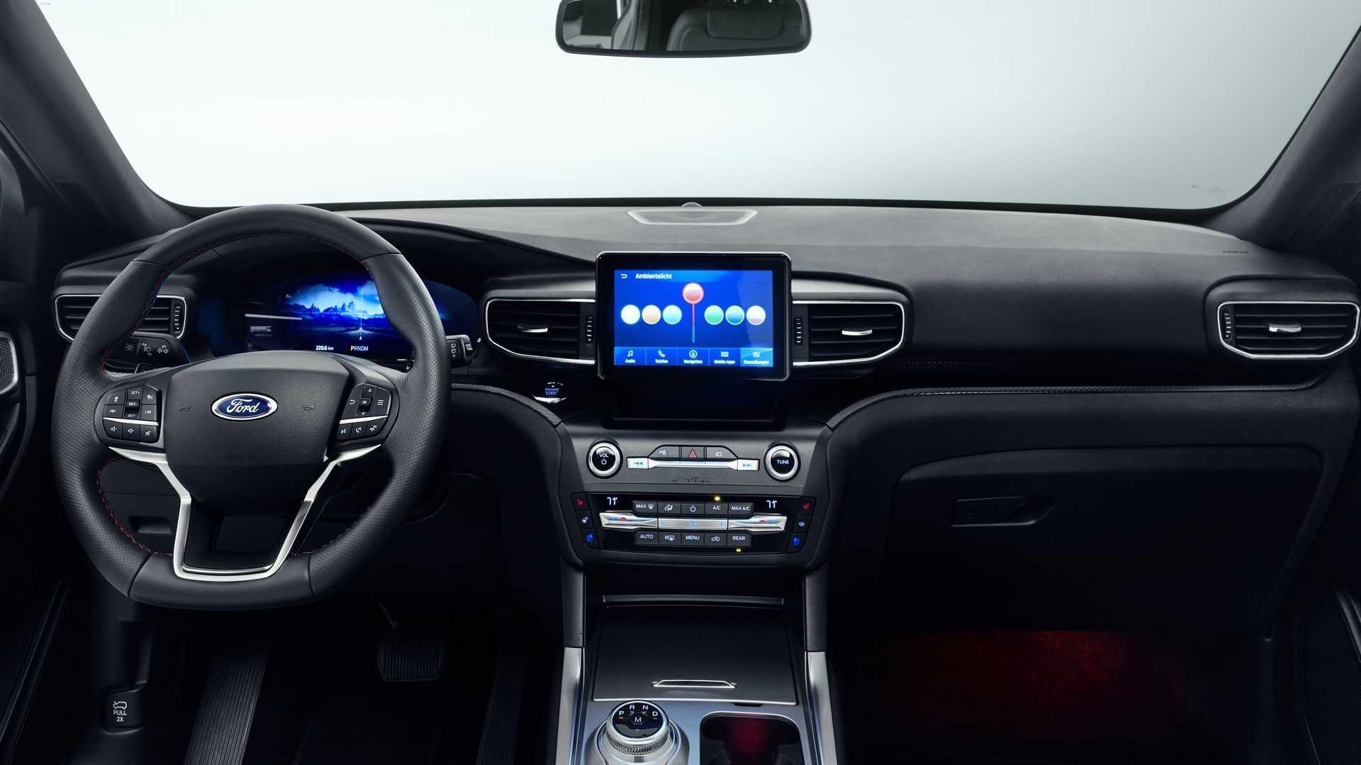 Foto de Ford Explorer PHEV 2020 (7/11)