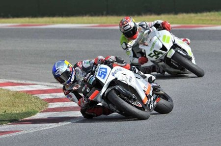 Laverty seguido por Sofuoglu