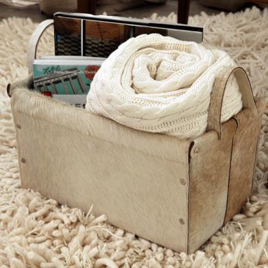 Complementos decorativos para lectores: revisteros, cajas, cojines y mantas.