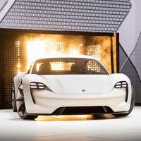 La mayoría de los pedidos del Porsche Taycan vienen de clientes de Tesla