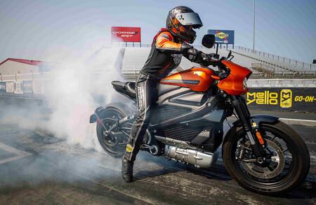La Harley-Davidson LiveWire se consolida como la moto eléctrica más rápida del mundo en el cuarto de milla