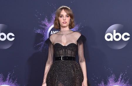 Maya Hawke nos enamoró en Stranger Things y ahora vuelve a hacerlo en los Premios AMA's 2019