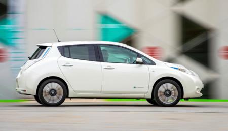 Pronto verás montones de Nissan Leaf vestidos de taxi haciendo carreras por Madrid