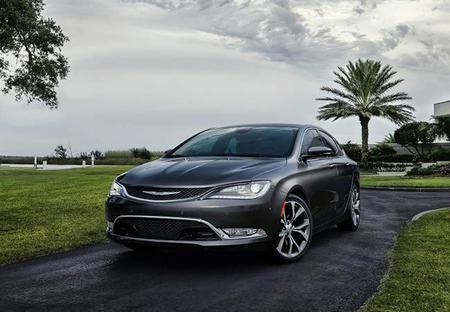 El nuevo Chrysler 200 es nombrado Top Safety Pick + por el IIHS