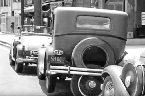 El asistente de aparcamiento para coches de Brooks Walker: una locura para poner el coche en su sitio
